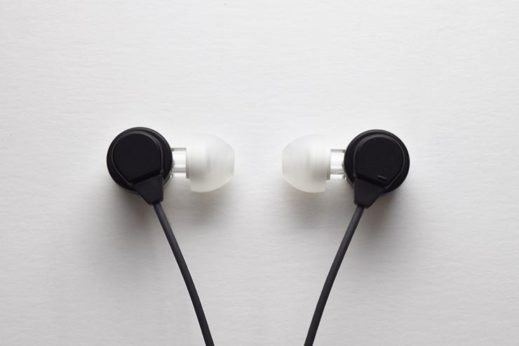開放的な音場感に迫るカナル型イヤホン